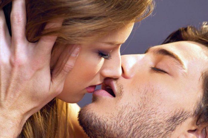 kissing-tips-couple-696x464.jpg